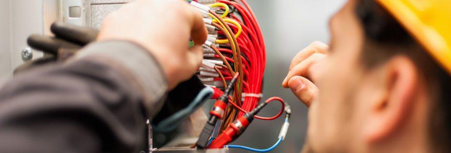 Faire appel à un électricien à Toulon