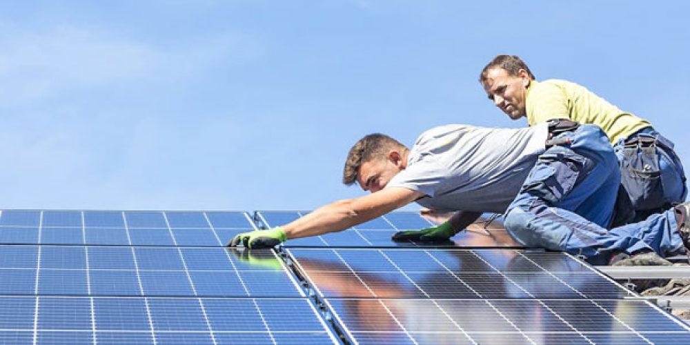 Énergie solaire photovoltaïque : fonctionnement et avantages